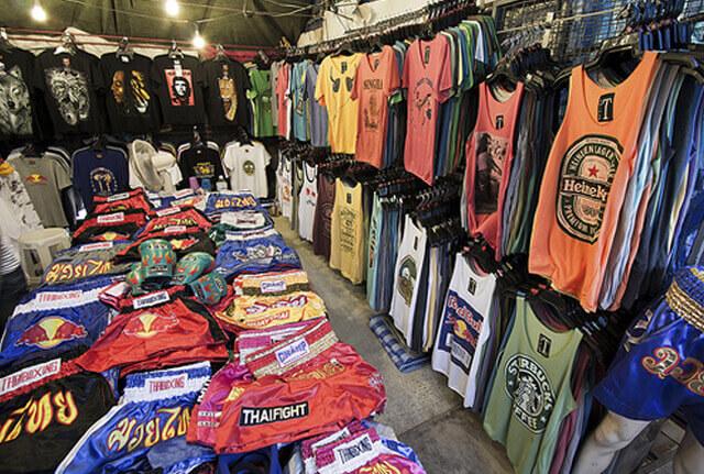 Du lịch Thái lan mua các loại quần áo, phụ kiện