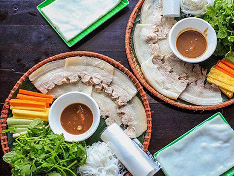 Du lịch Đà Nẵng - Món ăn Đà Nẵng - Bánh tráng cuốn thịt heo