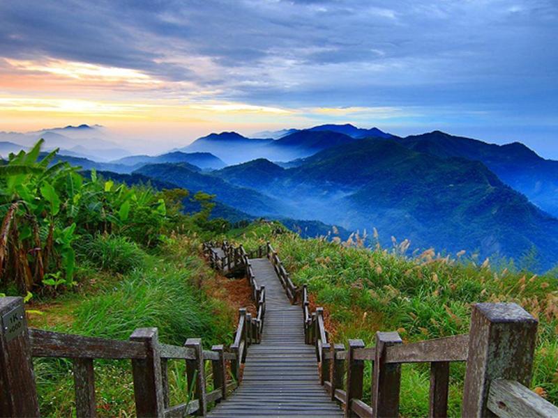 Du lịch Đài Loan - Dãy núi A Lý Sơn