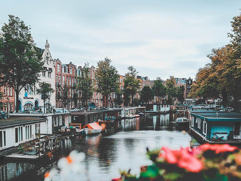 Du lịch Hà Lan chắc chắn không khó như bạn nghĩ