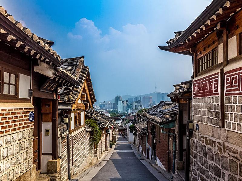 Du lịch Hàn Quốc - Khu làng cổ Buckchon Hanok