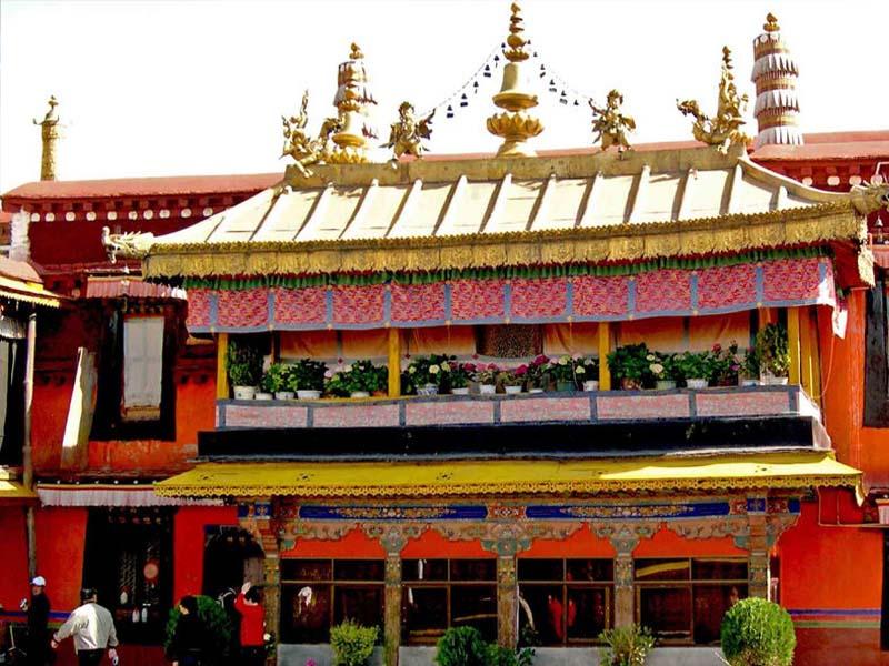 Văn hóa Tây Tạng có gì đặc sắc để du lịch khám phá