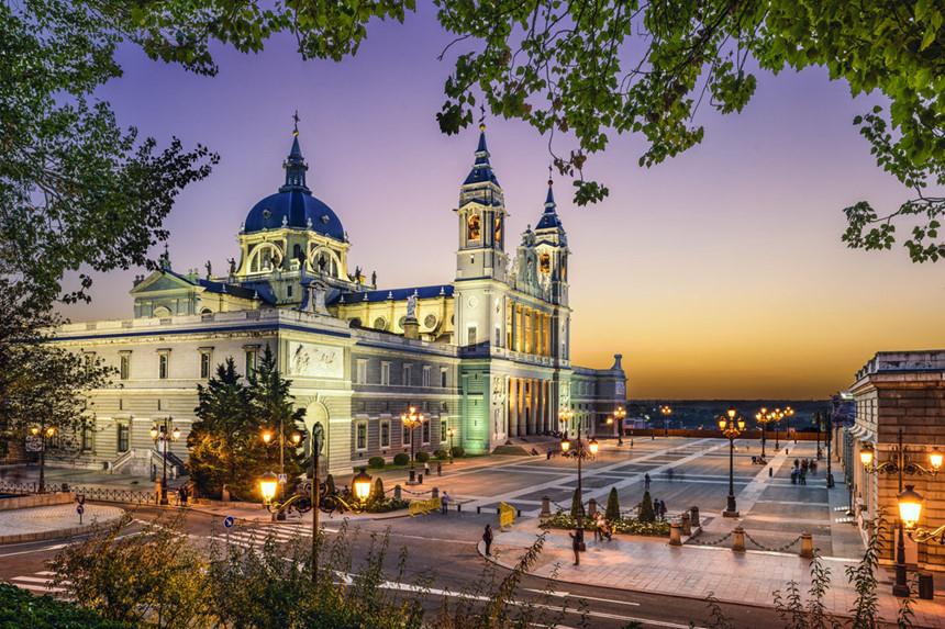 Hành trình du lịch Châu Âu nên tới nước nào thú vị?