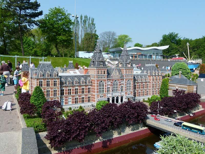 Madurodam - Thành phố thu nhỏ ở Hà Lan