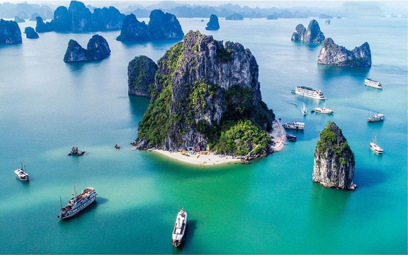 những hòn đảo trên Vịnh Hạ Long