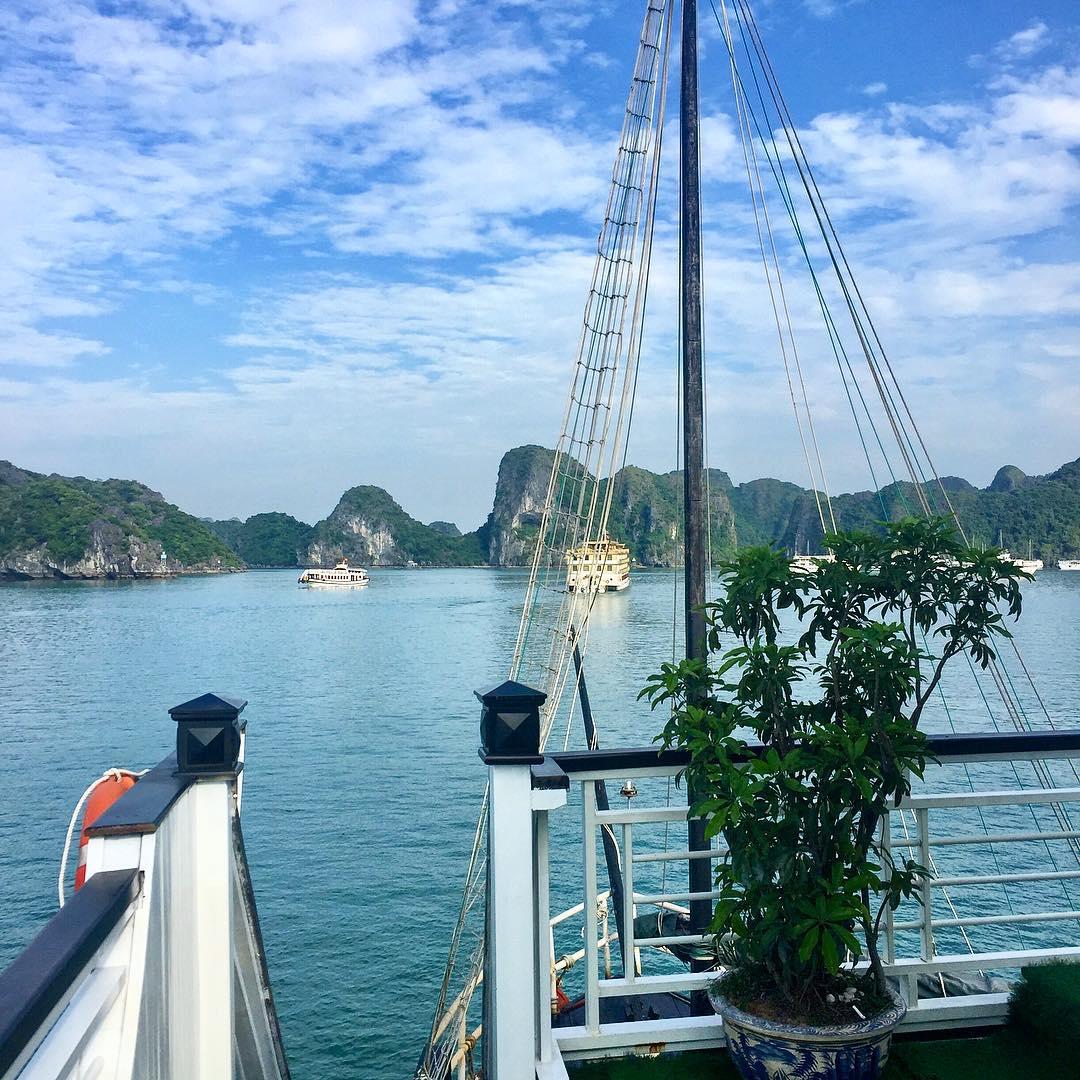 Tour Hạ Long - Một vài lưu ý khi du lịch vịnh Hạ Long