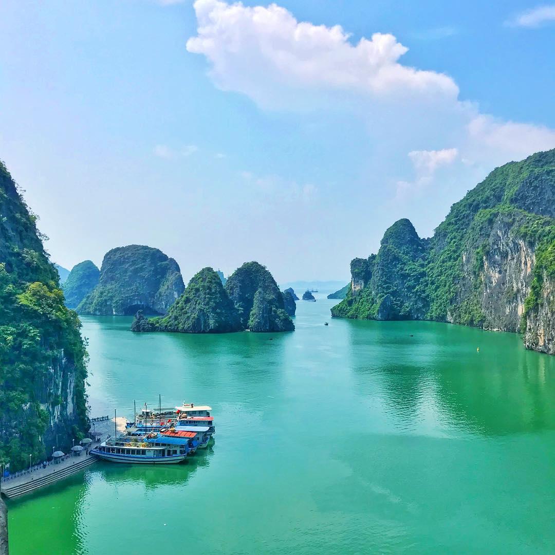 Tour du lịch ha long - Tìm hiểu về truyền thuyết ly kỳ về vịnh Hạ Long