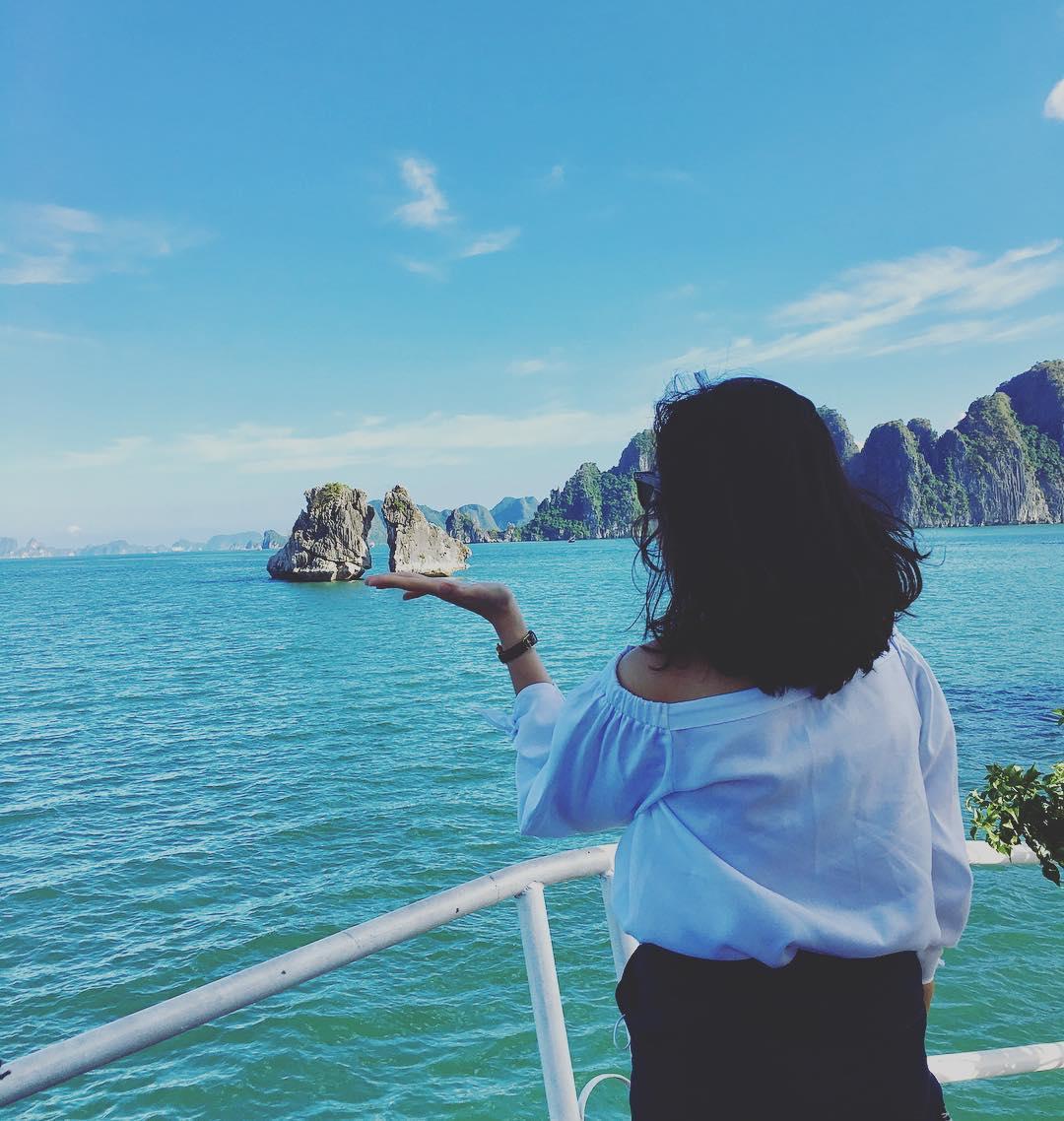 """Tour Hạ Long - Tha hồ """"seo phì"""" với Hòn Trống Mái"""