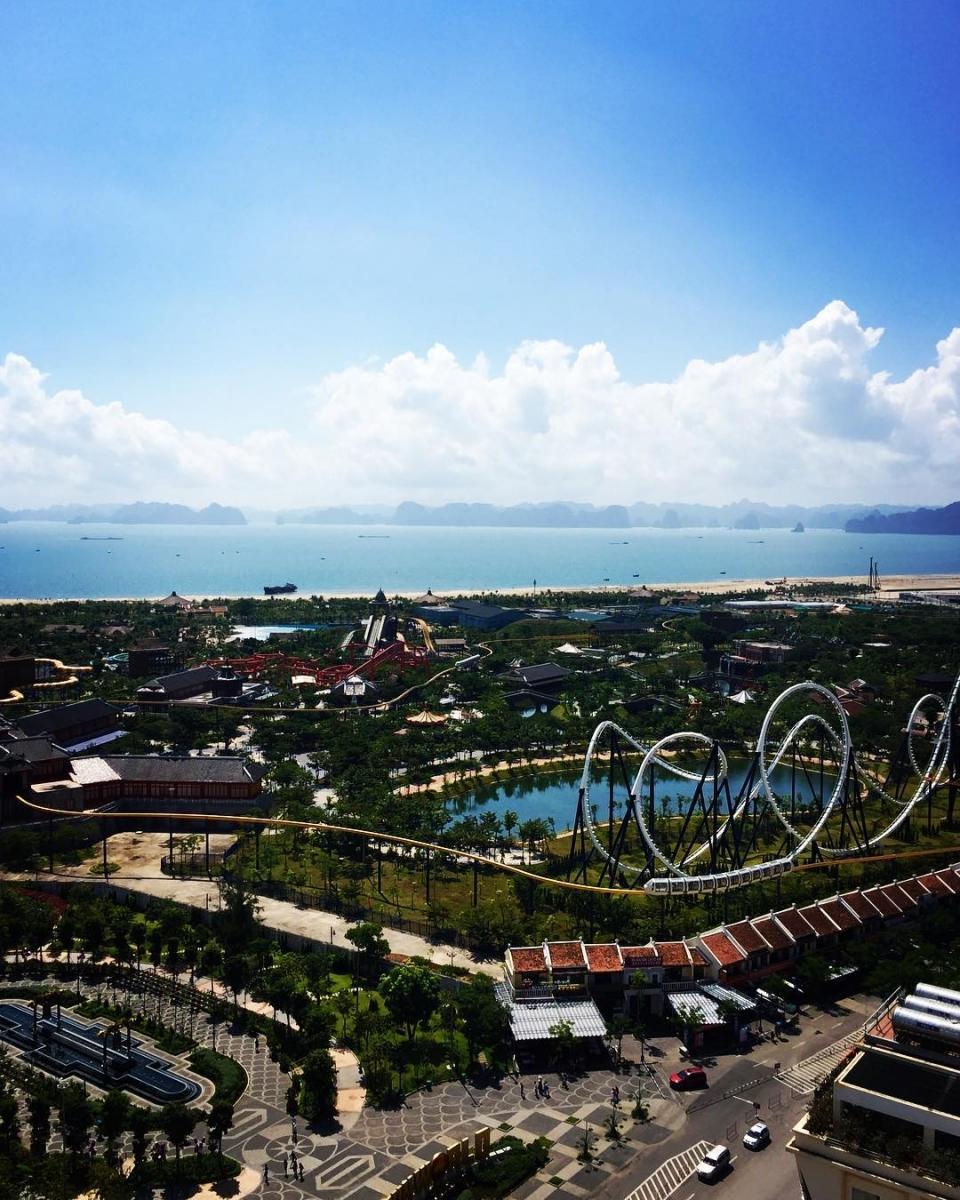 Tour Hạ Long - Tham gia các trò chơi mạo hiểm tại Sun World Ha Long Park