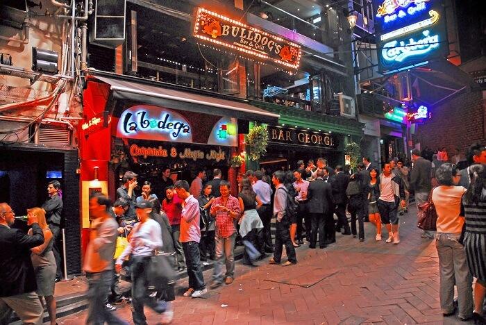 Những địa điểm níu chân du khách khi đến Hồng Kông