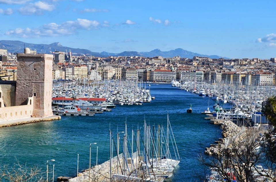 Du lịch Pháp - Một góc nhìn cảng biển Marseilles