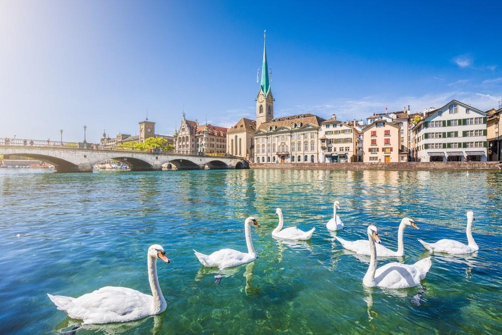 Du lịch Thụy Sĩ cần chuẩn bị những gì?