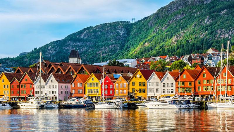 Du lịch Châu Âu tự túc là lựa chọn của nhiều bạn trẻ