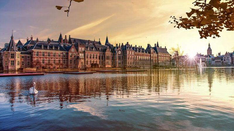 Hà Lan mang đặc điểm khí hậu đại dương ôn đới