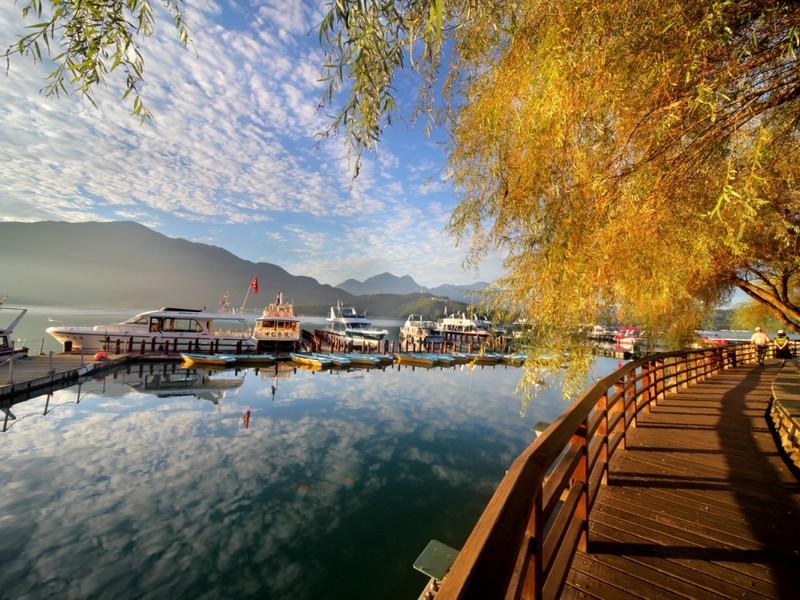 Hồ Nhật Nguyệt - Du lịch Đài Loan