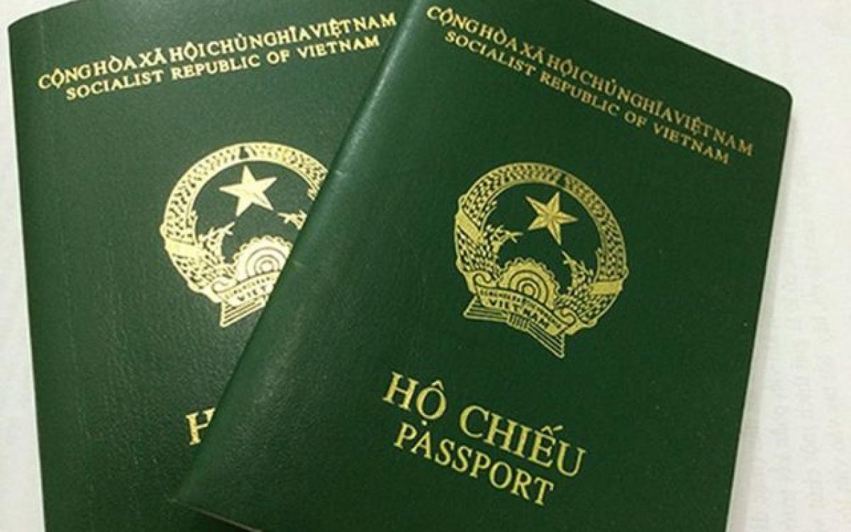 Chuẩn bị hộ chiếu làm hồ sơ du lịch Mỹ
