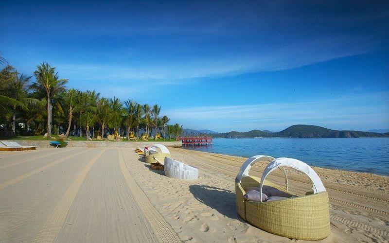 Vẻ đẹp biển Nha Trang là nên một trong những điểm đến du lịch biển của nhiều du khách