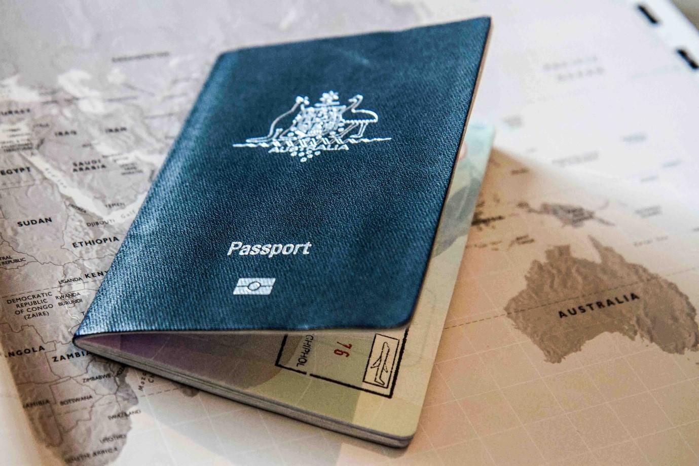 Chuẩn bị hồ sơ làm visa du lịch Úc