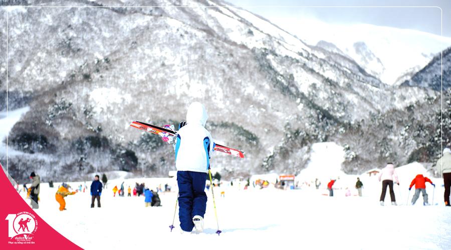 Du lịch Tết âm lịch 2019 Nhật Bản trải nghiệm trượt tuyết tại Fujiten Snow Resort từ Sài Gòn