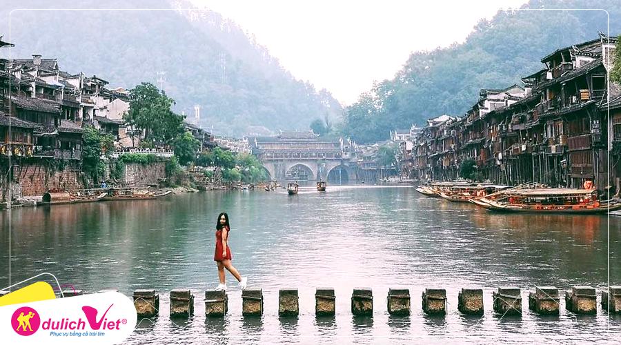 Du lịch Trung Quốc mùa Thu Trương Gia Giới – Phượng Hoàng Cổ Trấn từ Hà Nội