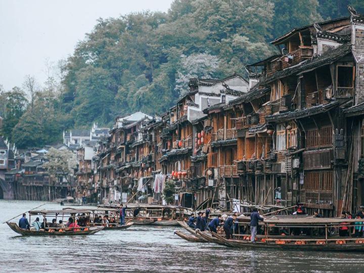 Du Lịch Phượng Hoàng Cổ Trấn - Trương Gia Giới 5 ngày khởi hành từ Hà Nội