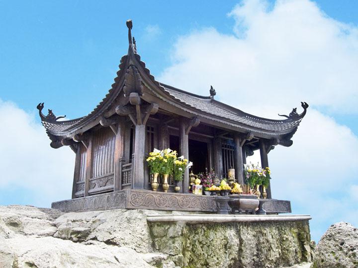 Du lịch tâm linh Yên Tử - Chùa Ba Vàng 1 ngày giá tốt từ Hà Nội 2017