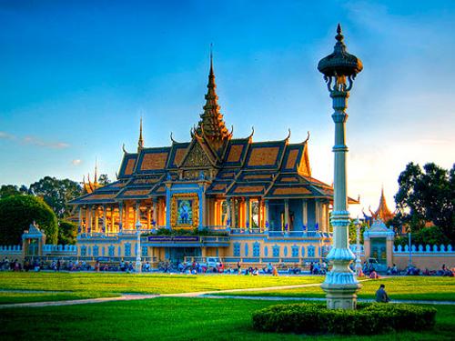 Cảm nhận của khách hàng về Tour Campuchia (2,9,16,23,30/05/2013)