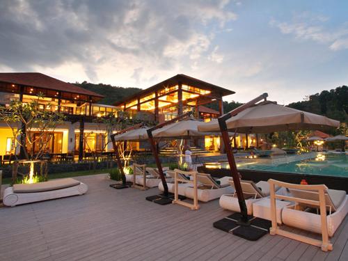 Đặt phòng khách sạn Angsana Lăng Cô giá tốt