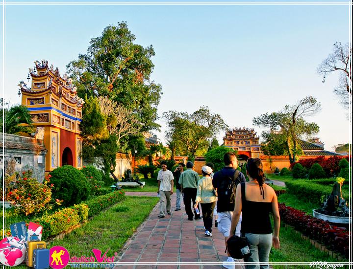 Du lịch Miền Trung - Huế - Động Thiên Đường 4 ngày bay từ Sài Gòn 2017