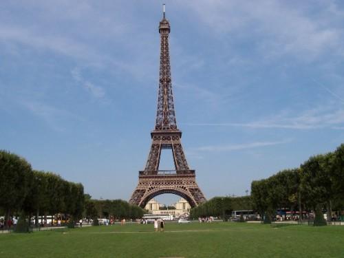 Tour Châu Âu dịp Tết giá rẻ hơn mọi ngày