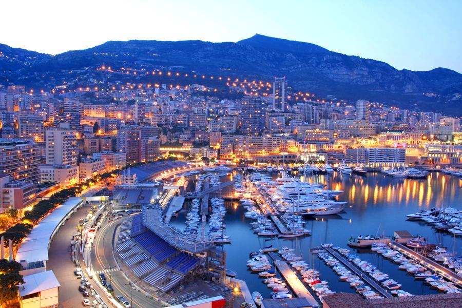 Một góc Monaco tráng lệ về đêm