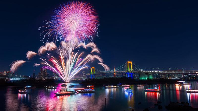 Giá tốt - Chất lượng đảm bảo dịp lễ hội pháo hoa Quốc tế Đà Nẵng 2018