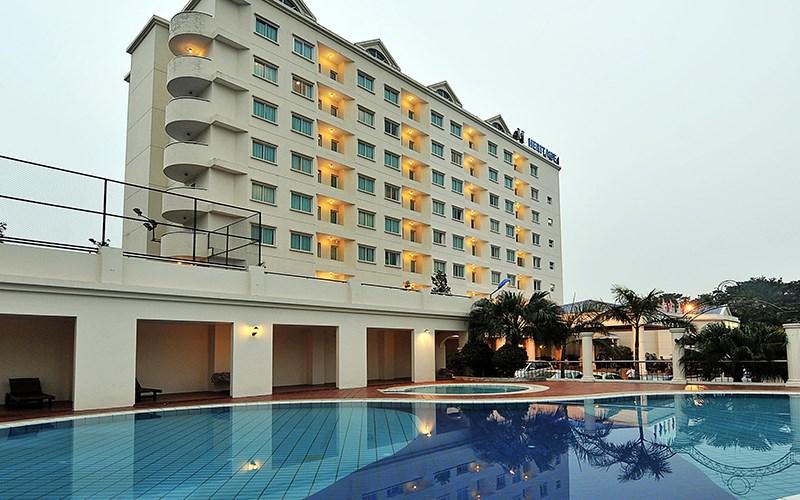 Những khách sạn ở Vịnh Hạ Long