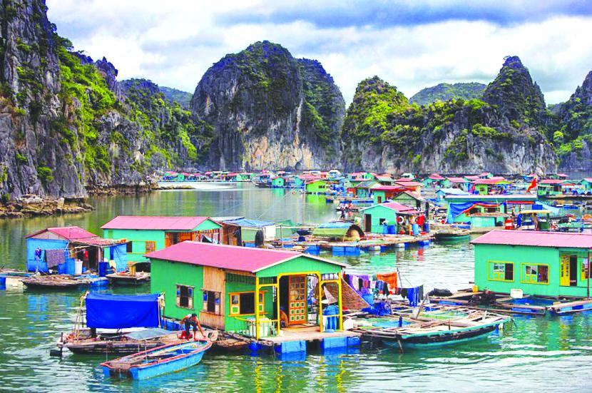 Vẻ đẹp khung cảnh làng chài cổ Vung Viêng