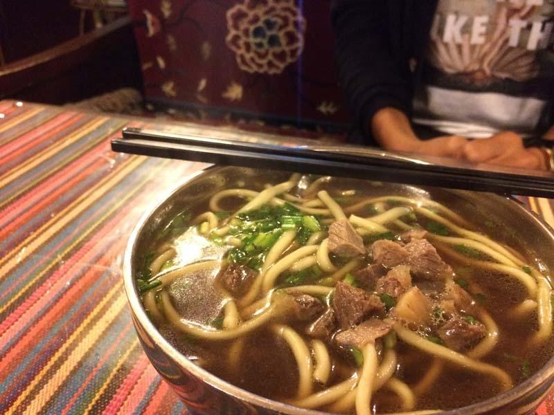 Du lịch Tây Tạng thưởng thức những món ăn nức tiếng tại đây