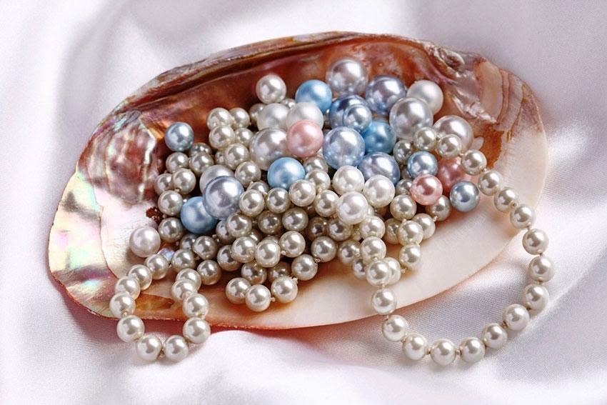 Những món quà trang sức bằng ngọc trai luôn được yêu thích đặc biệt