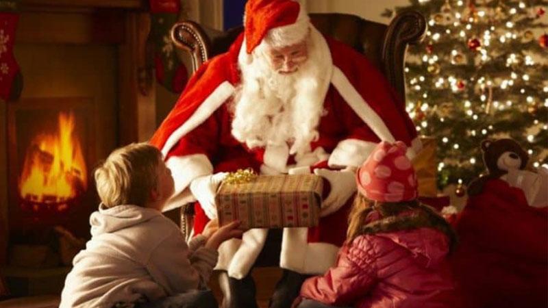 Ông già Noel biểu tưởng là một người ngoan đạo
