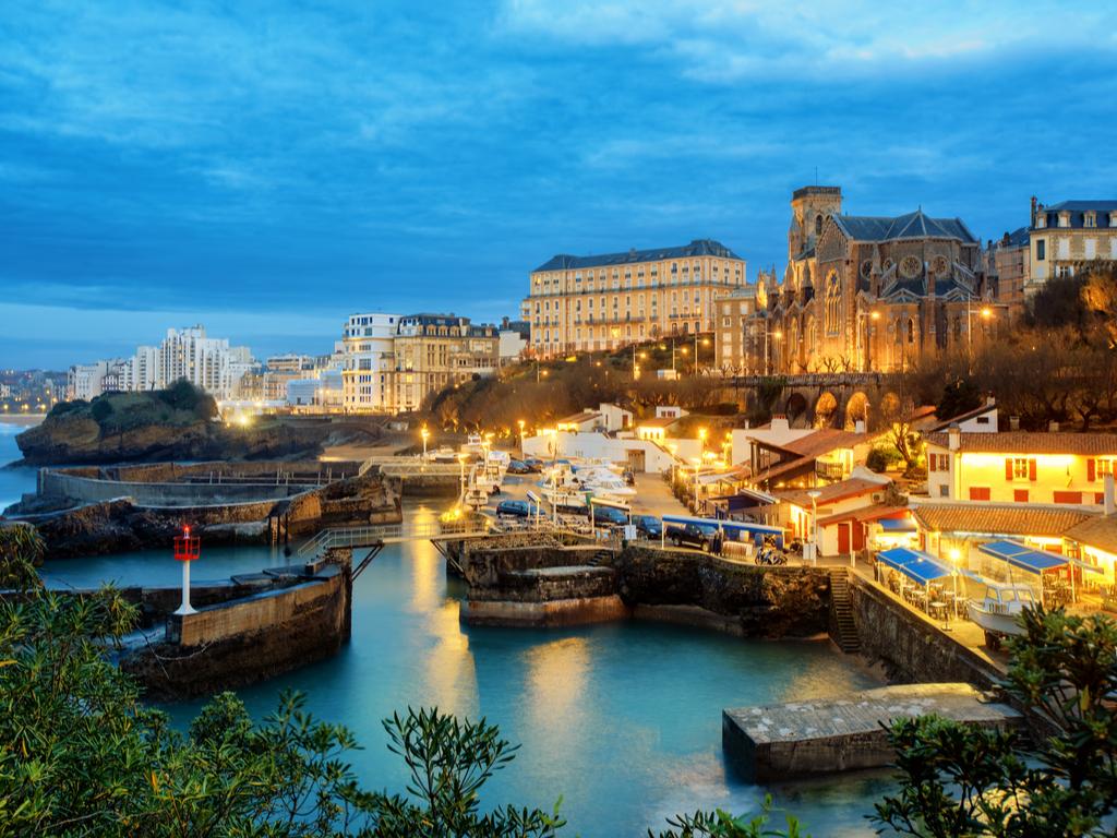 Du lịch Pháp mùa Thu - Biarritz