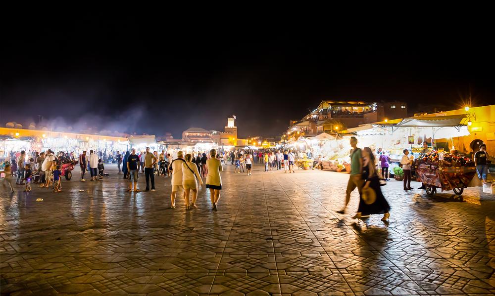 Đi chợ phiên nghìn lẻ một đêm tấp nập và huyền bí khi du lịch Maroc