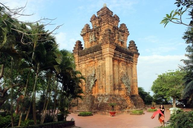 Tham gia tour du lịch Phú Yên tự túc thì đi đâu