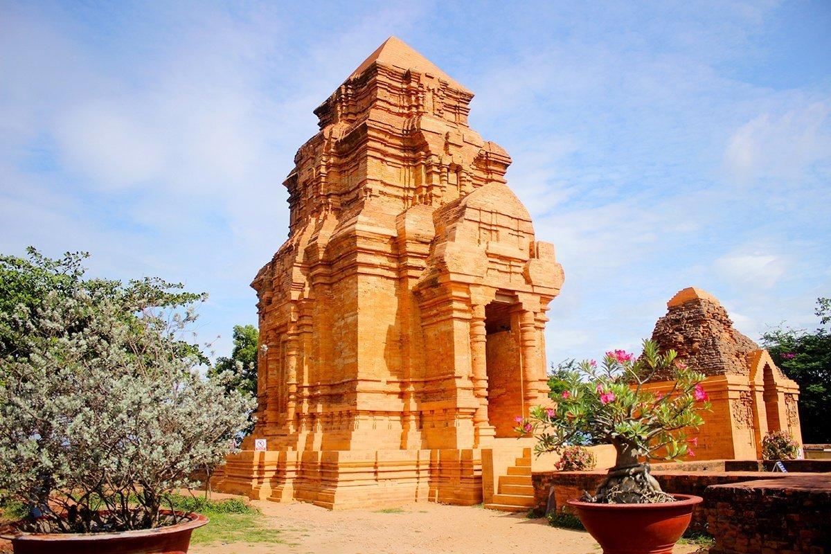 Tour du lịch Phan Thiết - Tháp Chàm Poshanư