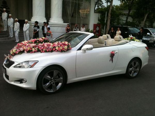 Thuê xe Audi A4 sẽ là lựa chọn thuê xe hoa cưới đầy sang trọng