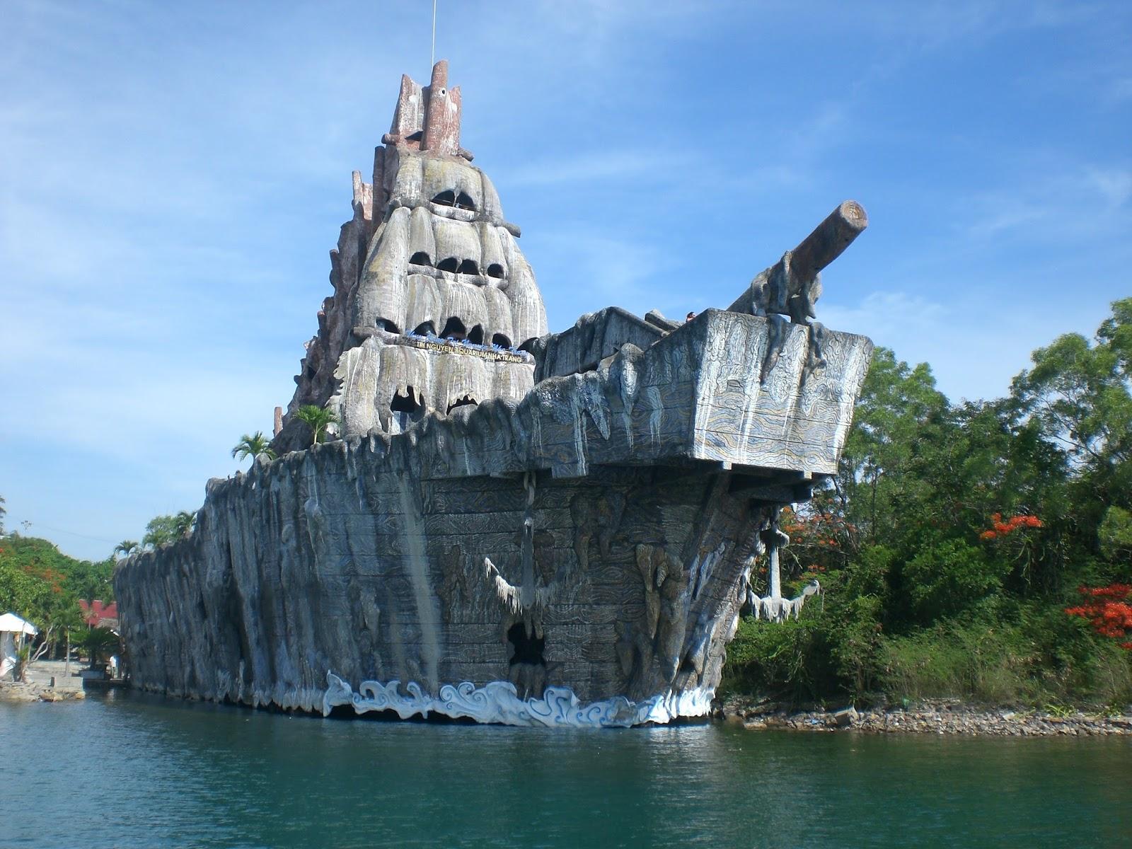 Tour Nha Trang - Du lịch Nha Trang khám phá thuỷ cung Trí Nguyên