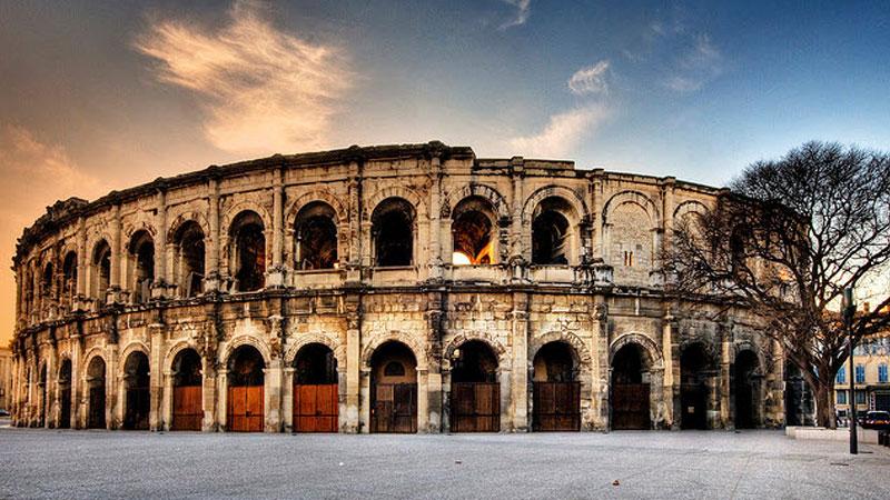 Vẻ cổ kính của Arles, thành phố hơn 2500 tuổi