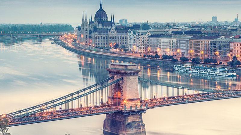 Vẻ đẹp quyến rũ của Budapest - thành phố TrungÂu quyền quý