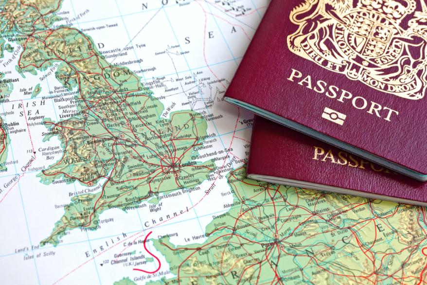 Chuẩn bị hồ sơ làm visa du lịch Ý