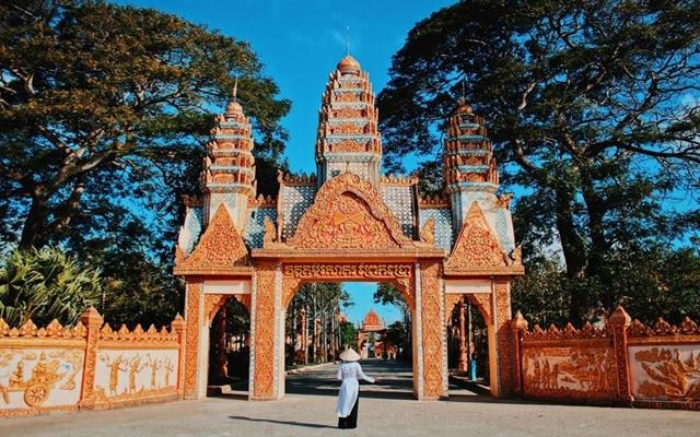 Xiêm Cán: Khám phá ngôi chùa tráng lệ bậc nhất xứ Bạc Liêu